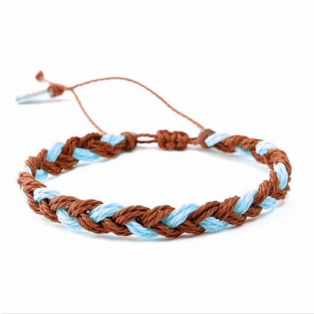 Big braid -hit brown and light blue