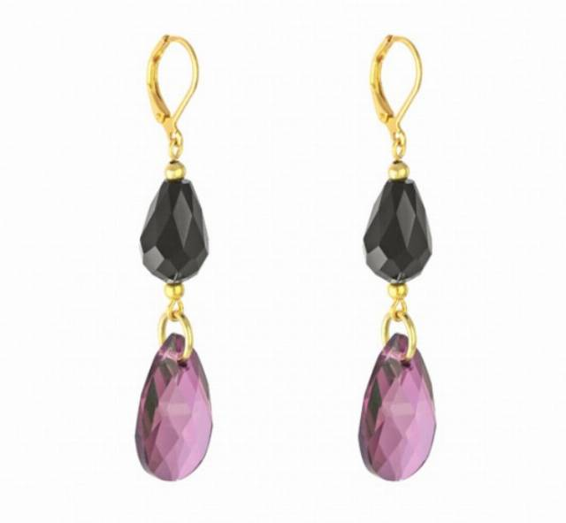 Lilac & black earrings in gold.