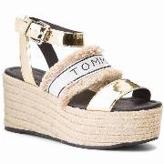 Espadryle TOMMY HILFIGER - Shiny Metallic Flatform Sandal FW0FW03393 Light Gold 708
